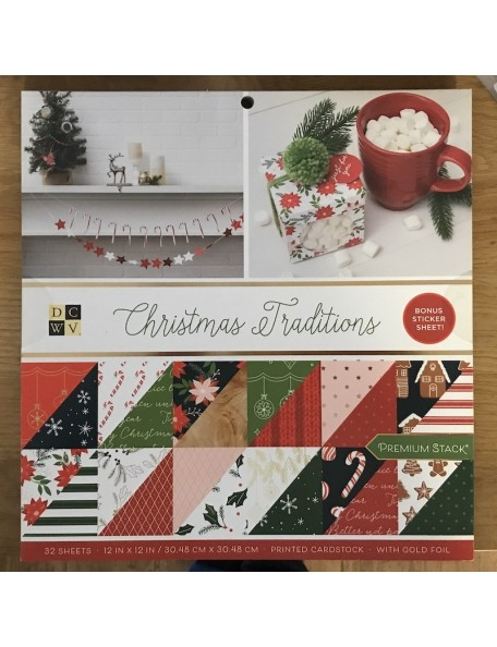 "DCWV Stack de doble cara 12""X12"" 32, Christmas Traditions, 16 Diseños/2 de cada"
